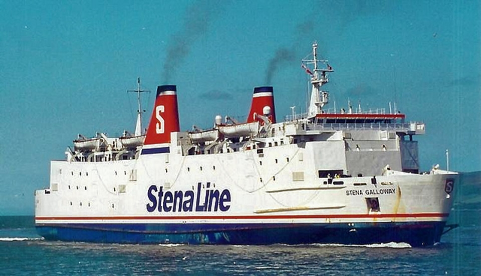 Stena Galloway at sea in Stena Line colours. Copyright © Scott Mackey.