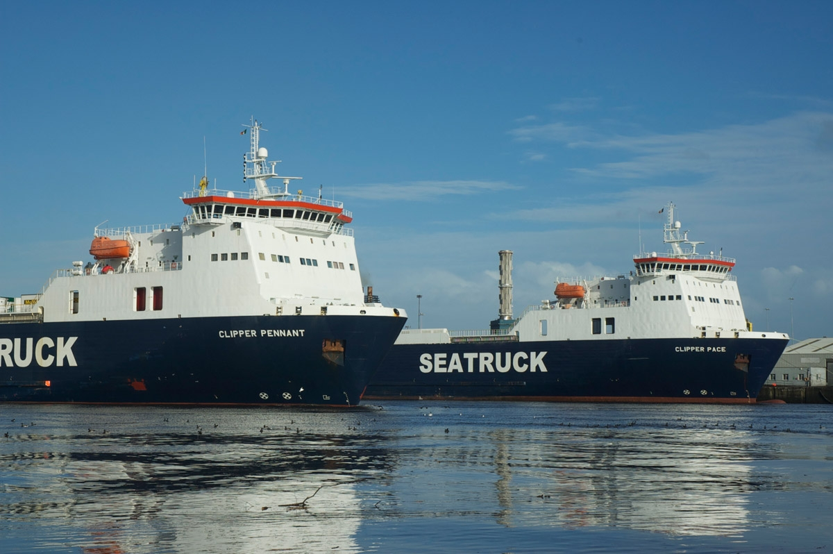 Clipper Pennant and Clipper Pace together. Courtesy of Seatruck Ferries.