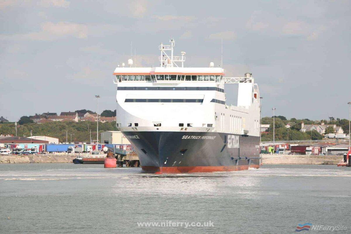 SEATRUCK PERFORMANCE arrives in Heysham for the first time since returning to Seatruck Ferries from former charterers Stena Line, 31.08.18. © Seatruck Ferries Ltd.