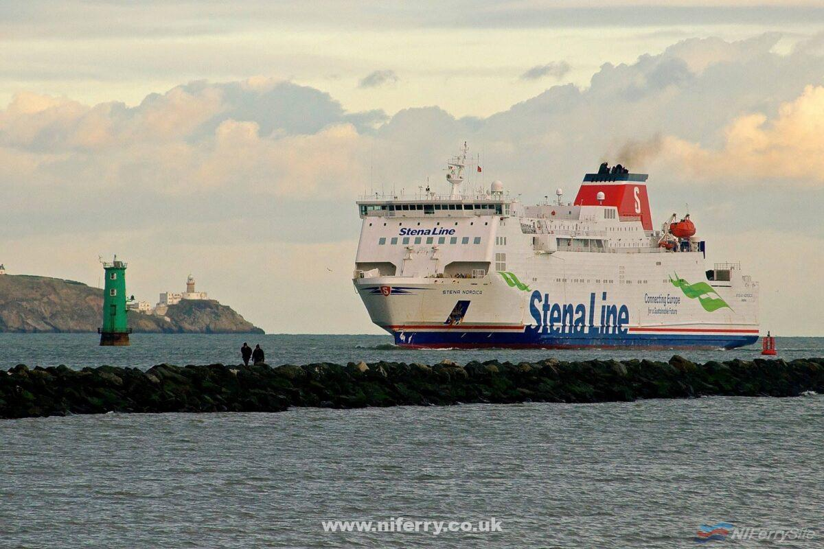 STENA NORDICA arrives in Dublin to release the vessel which replaced her on the Holyhead - Dublin route, STENA SUPERFAST X, on the evening of 28.01.19. Copyright © Gordon Hislip.