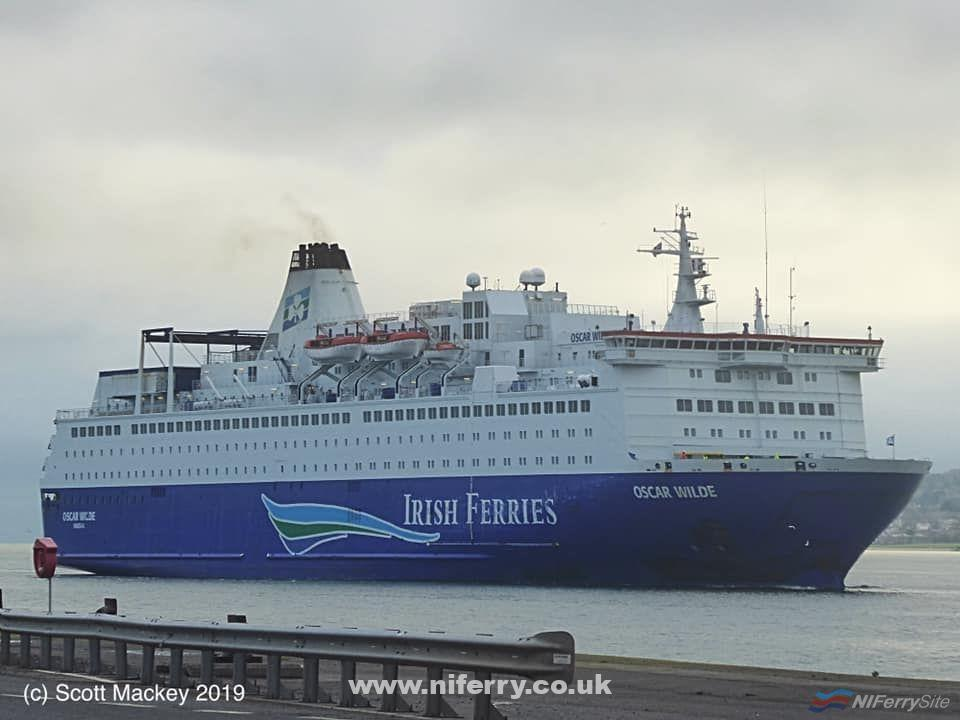 Irish Ferries OSCAR WILDE passes Victoria Terminal 4 on her way to Belfast Dry Dock, 20.03.19. Copyright © Scott Mackey.