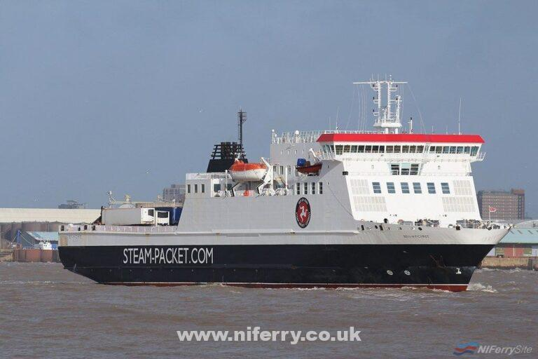 BEN-MY-CHREE seen in the River Mersey approaching Birkenhead, 09.02.19. Copyright © Das Boot 160 Photography.