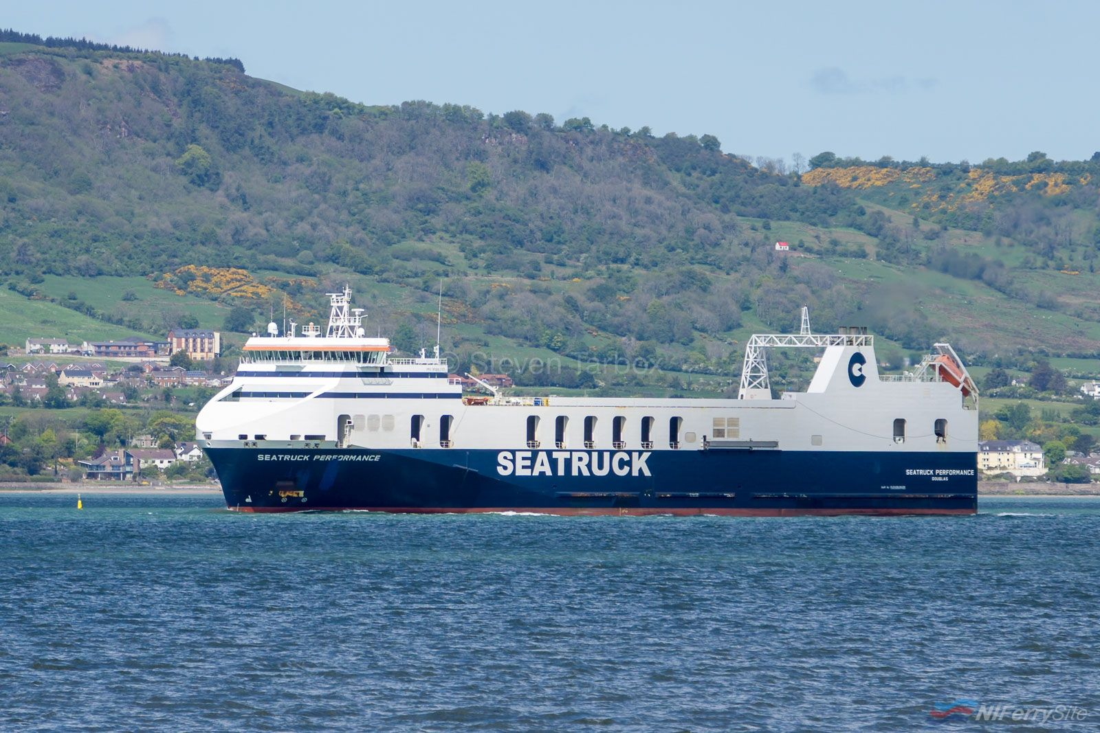 Photo of Seatruck Ferry becomes First Vessel to Visit Rescued Harland & Wolff Shipyard