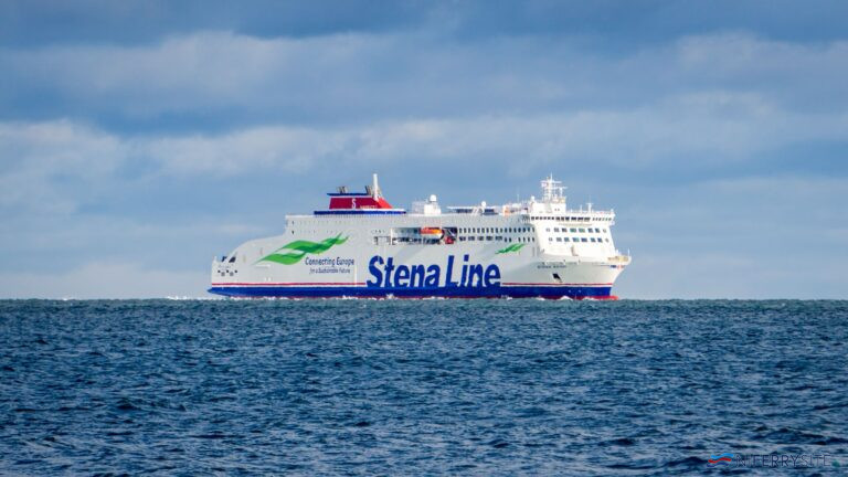 STENA EDDA at anchor off Groomsport on the morning of her first arrival in UK waters, 25.02.00. Copyright © Steven Tarbox.