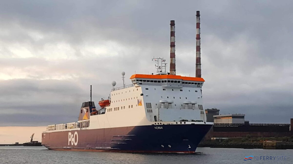 P&O Ferries NORBAY seen arriving at Dublin. Copyright © Robbie Cox.