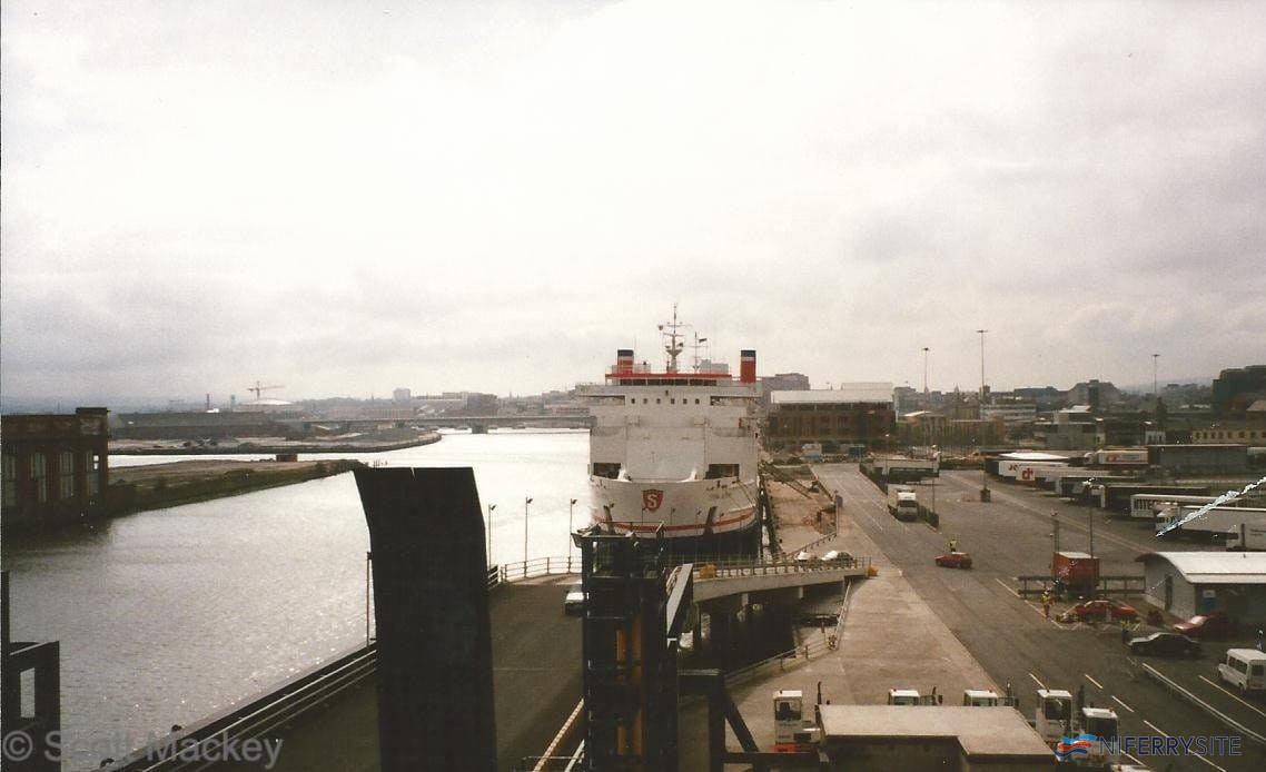 A view of the new berth and terminal area at Albert Quay with Stena Antrim on layover in November 1995. © Scott Mackey.