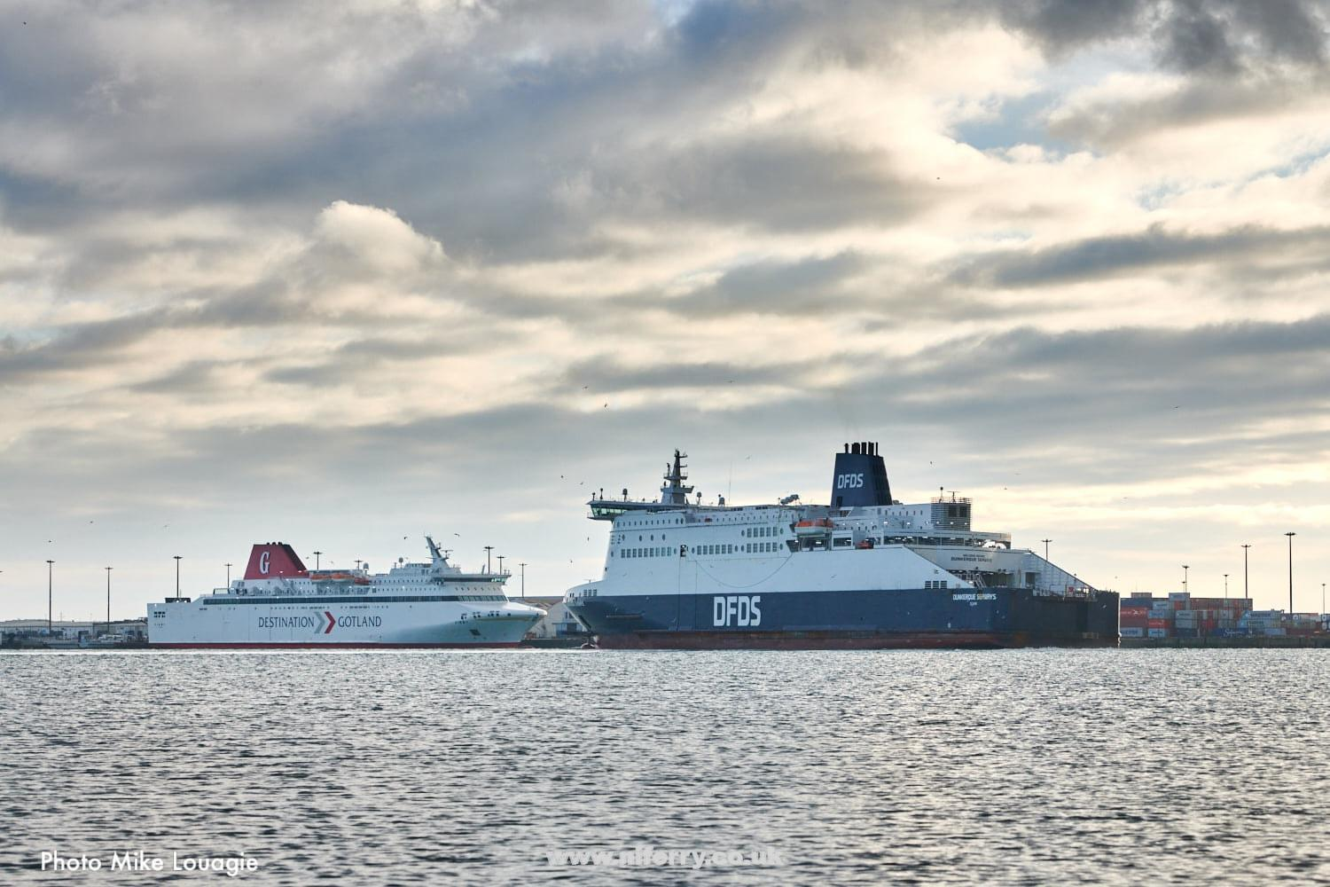 DFDS fleet-mates VISBY and DUNKERQUE SEAWAYS seen together at Dunkerque on the morning of December 29, 2020. Copyright © Mike Louagie.