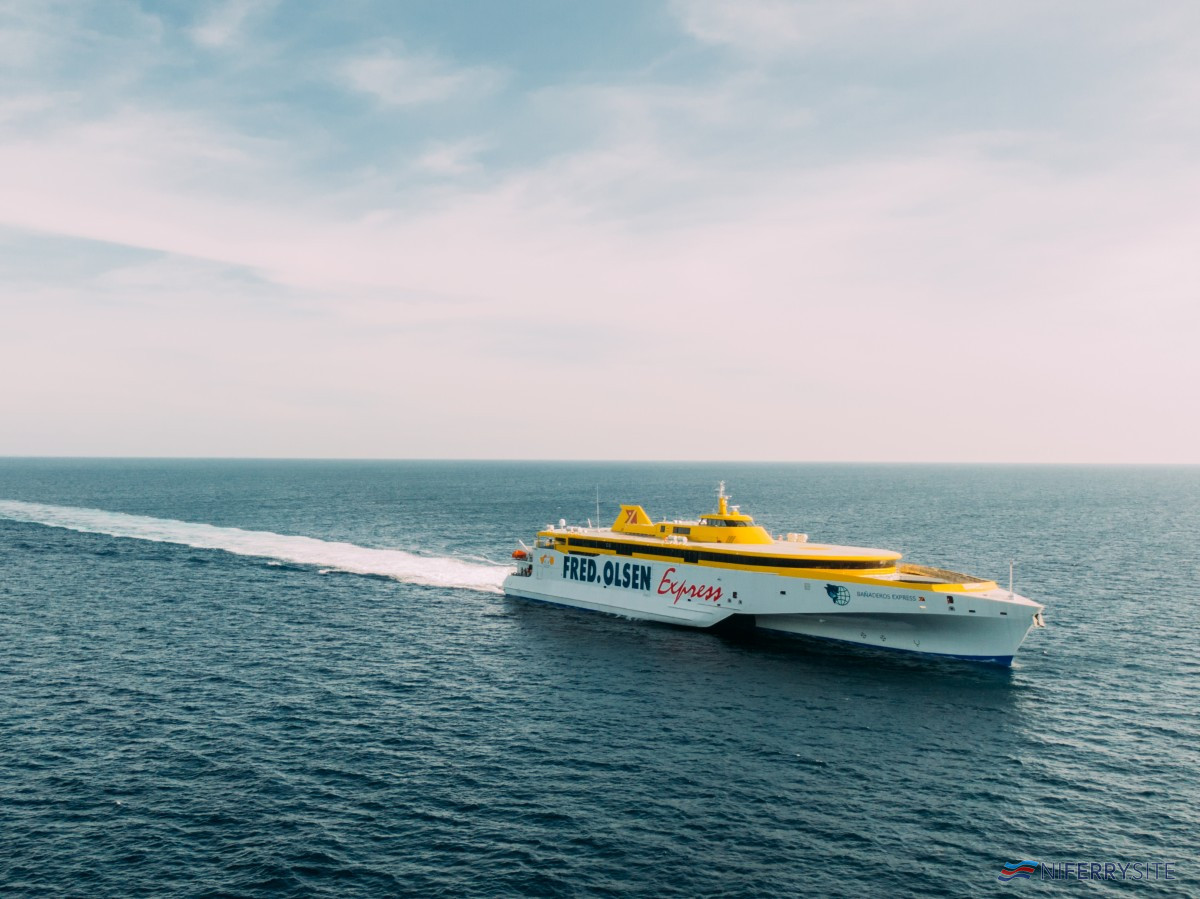 Austal Philippines has delivered the second of two 118 metre trimarans for Fred. Olsen Express; the BAÑADEROS EXPRESS, from the company's shipyard in Balamban, Cebu. Image: Austal Philippines